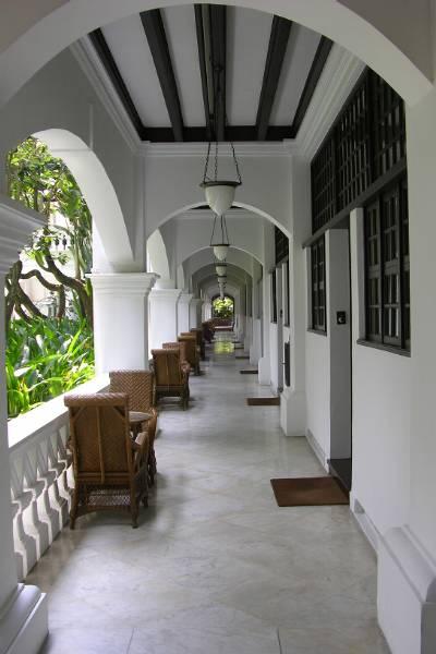 Raffles walkway